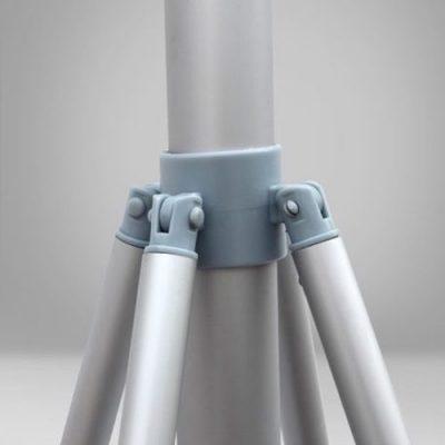 Detalle de juntas de unión del mástil de altura regulable
